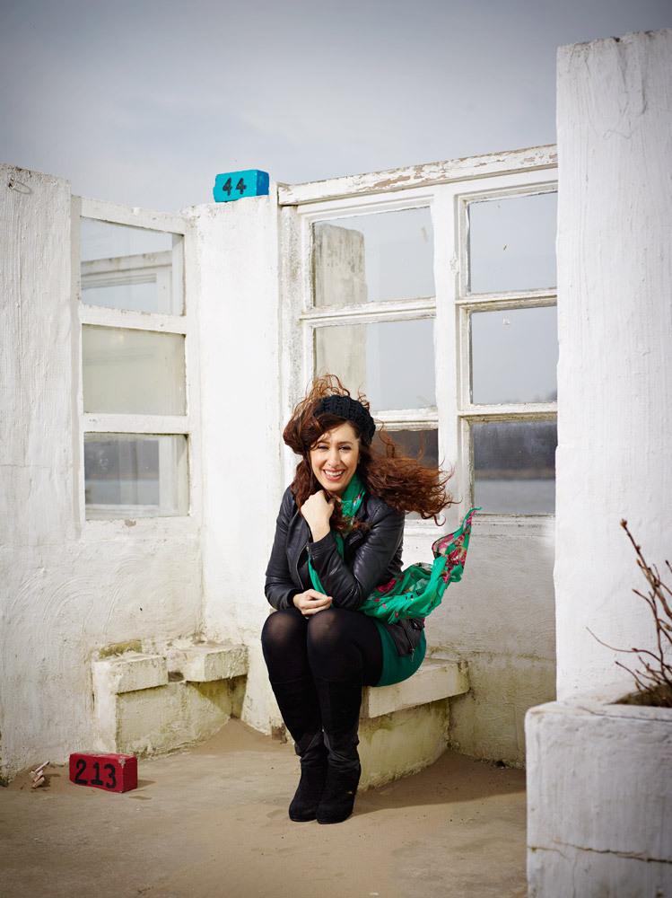 Fidan Ekiz - Portrait Photography by Merlijn Doomernik
